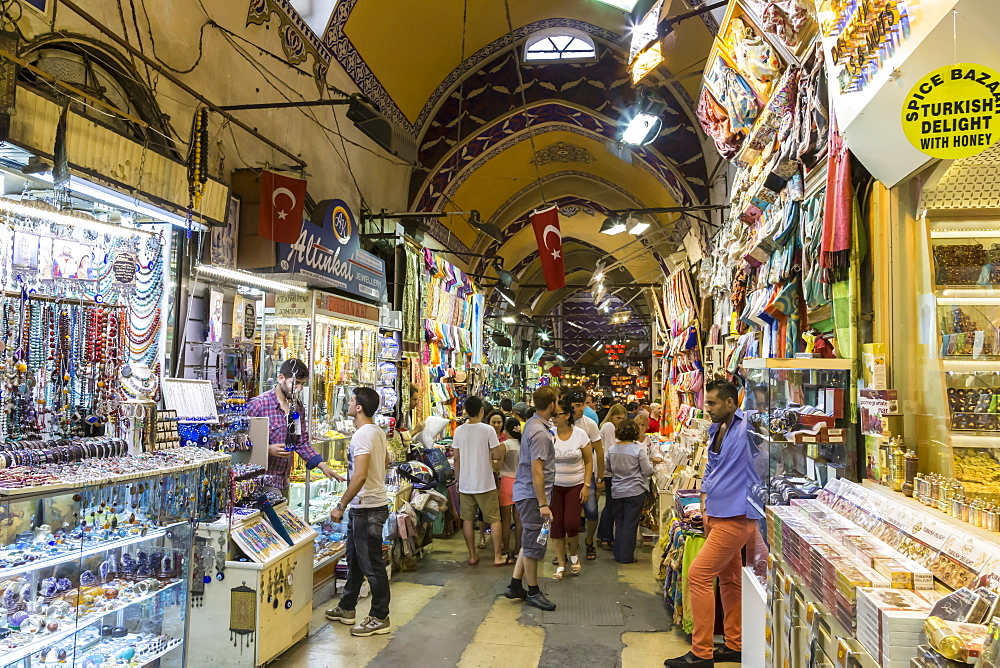 Busy street with many sellers and shoppers, Friday afternoon, Grand Bazaar, Bazaar District, Istanbul, Turkey, Europe