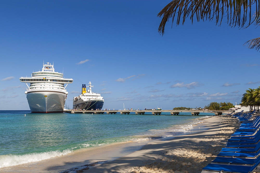 Cruise ships and disembarking passengers, seen from the cruise terminal beach, Grand Turk, Turks and Caicos, West Indies, Caribbean, Central America