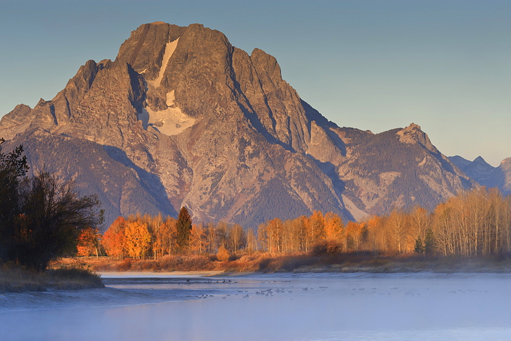 Frosty autumn (fall) dawn at Oxbow Bend, Snake River, Grand Teton National Park, Wyoming, United States of America, North America