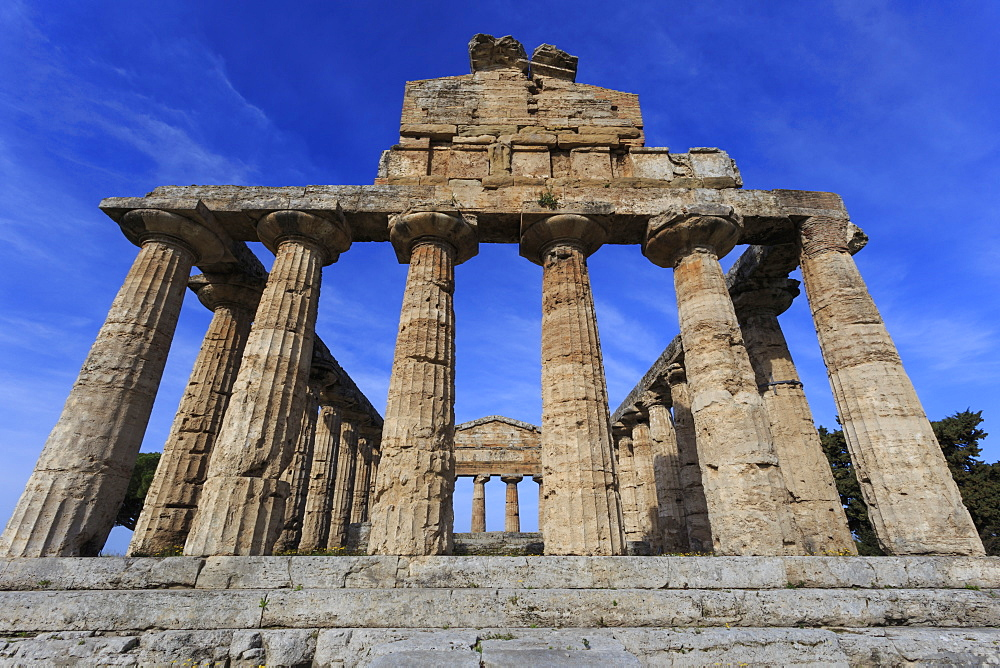 Temple of Athena (Temple of Ceres), Paestum, Greek ruins, UNESCO World Heritage Site, Campania, Italy, Europe