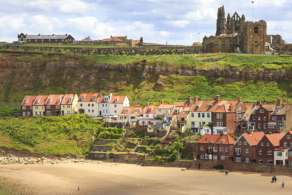 St. Mary's Church and Whitby Abbey above Tate Hill Beach, seen from West Cliff, Whitby, North Yorkshire, England, United Kingdom, Europe