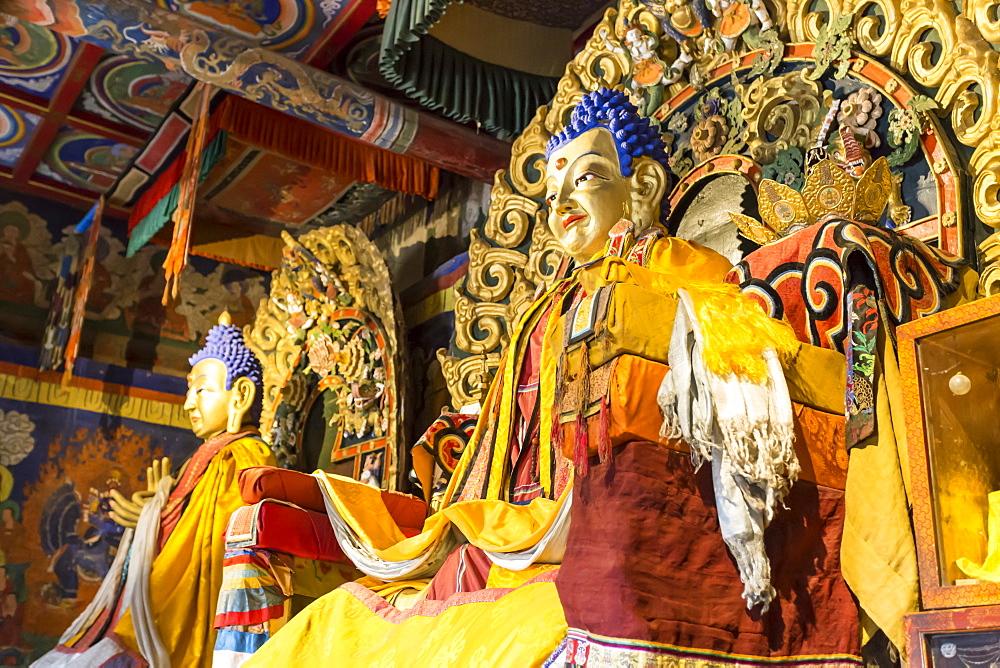 Golden Buddha statues, Baruun Zuu temple, Erdene Zuu Khiid, Monastery, Kharkhorin (Karakorum), Central Mongolia, Central Asia, Asia