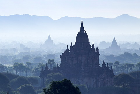 North Guni temple, pagodas and stupas in early morning mist at sunrise, Bagan (Pagan), Myanmar (Burma), Asia - 1170-128
