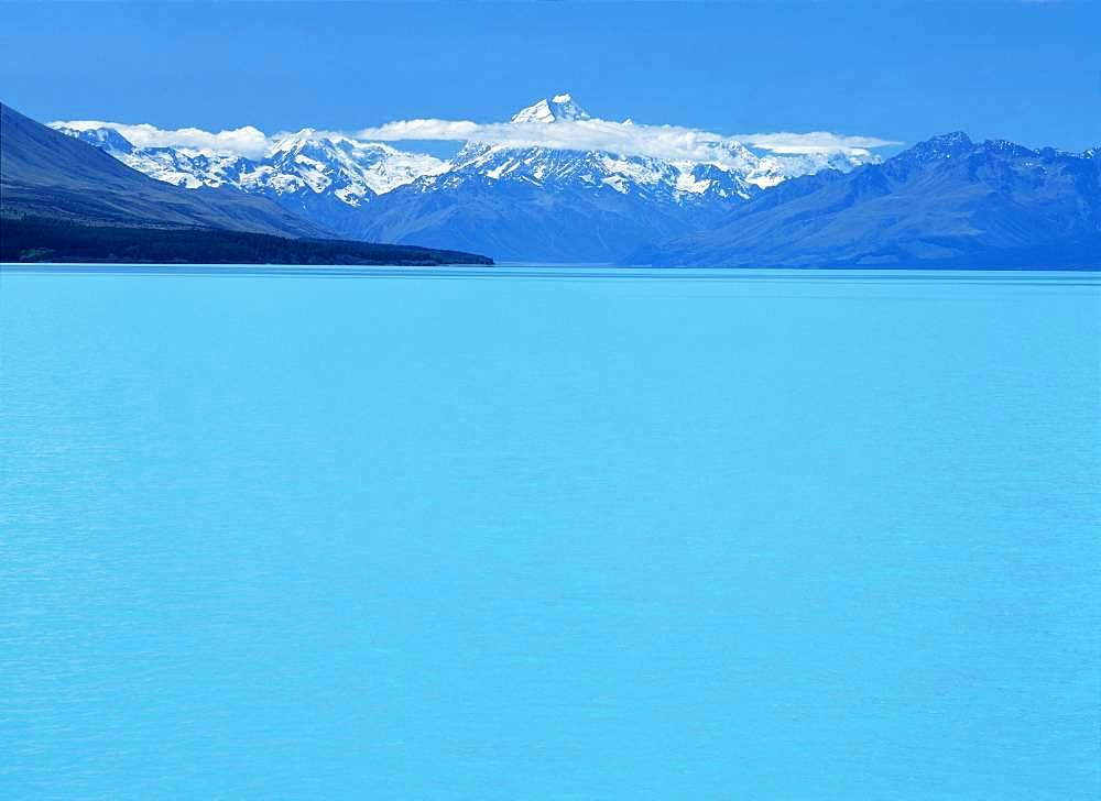 Lake Pukaki and Aoraki