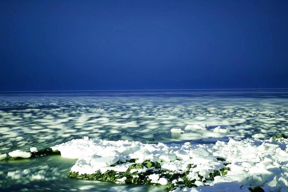 Drift Ice, Hokkaido, Japan