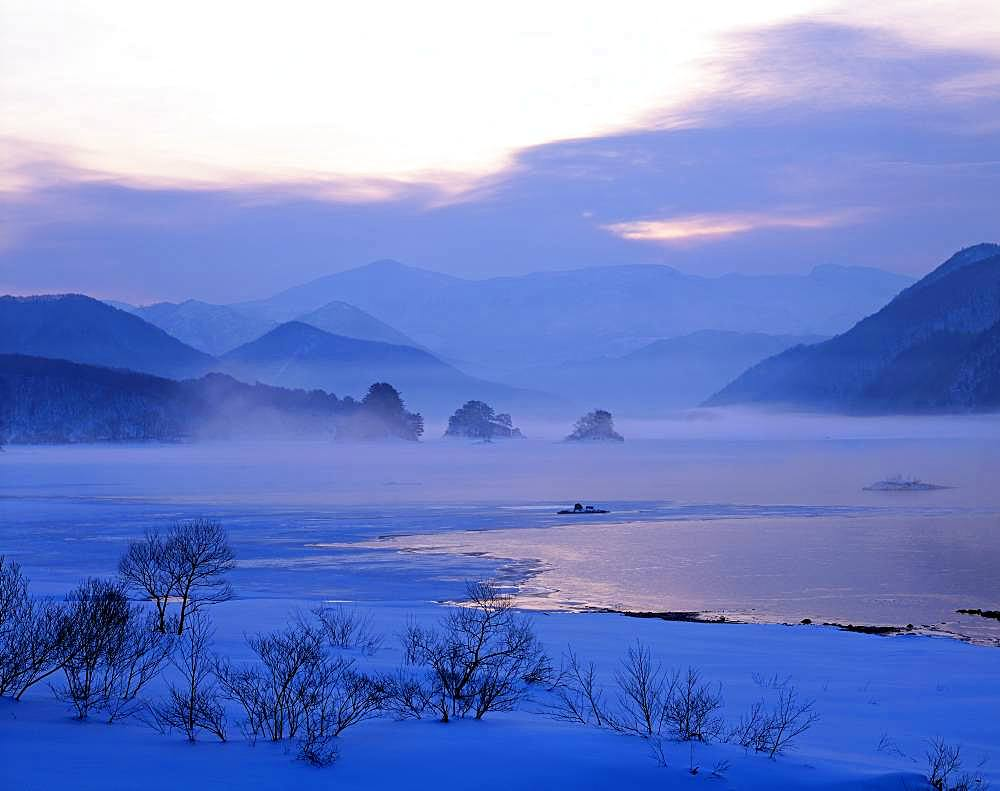 Lake Akimoto, Fukushima Prefecture - 1172-4995