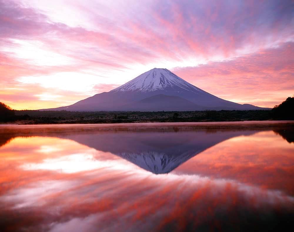 Shoji Lake, Mt. Fuji, Yamanashi Prefecture