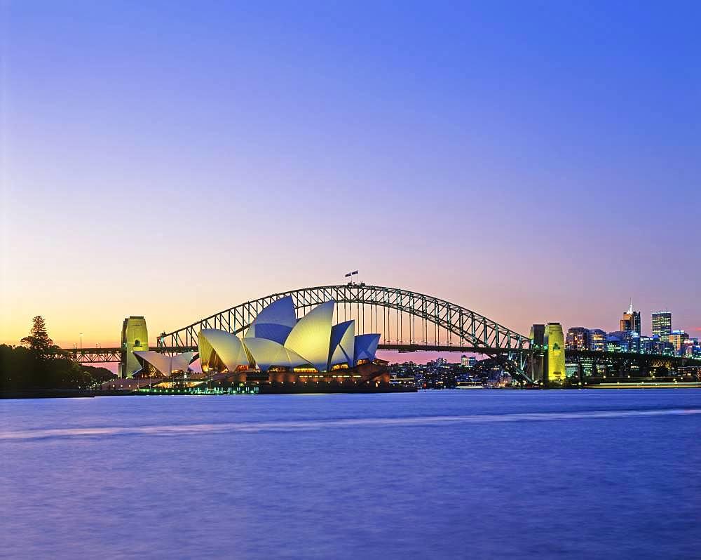 Opera House, Harbor Bridge, Australia