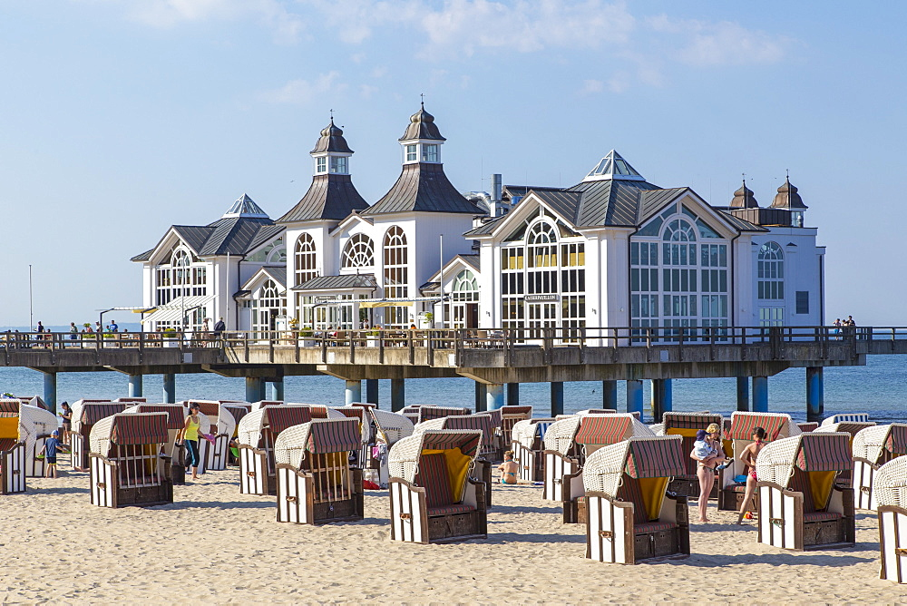 Beach chairs near the 'Kaiserpavillon' restaurant on the Sellin pier, Sellin, Rügen, Baltic Sea