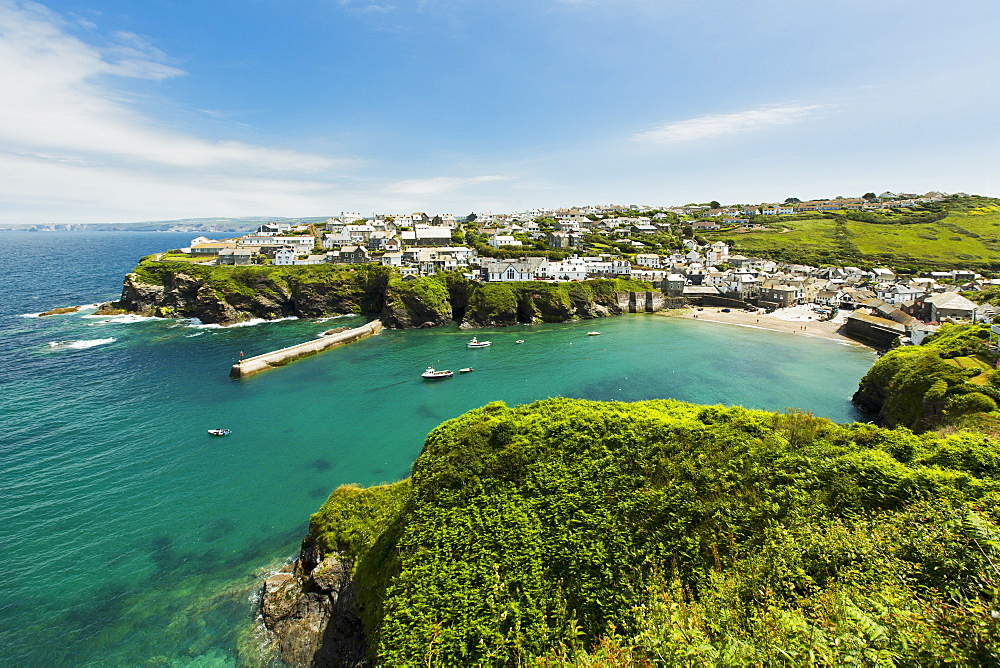 The fishing village of Port Isaac (Cornwall, England)