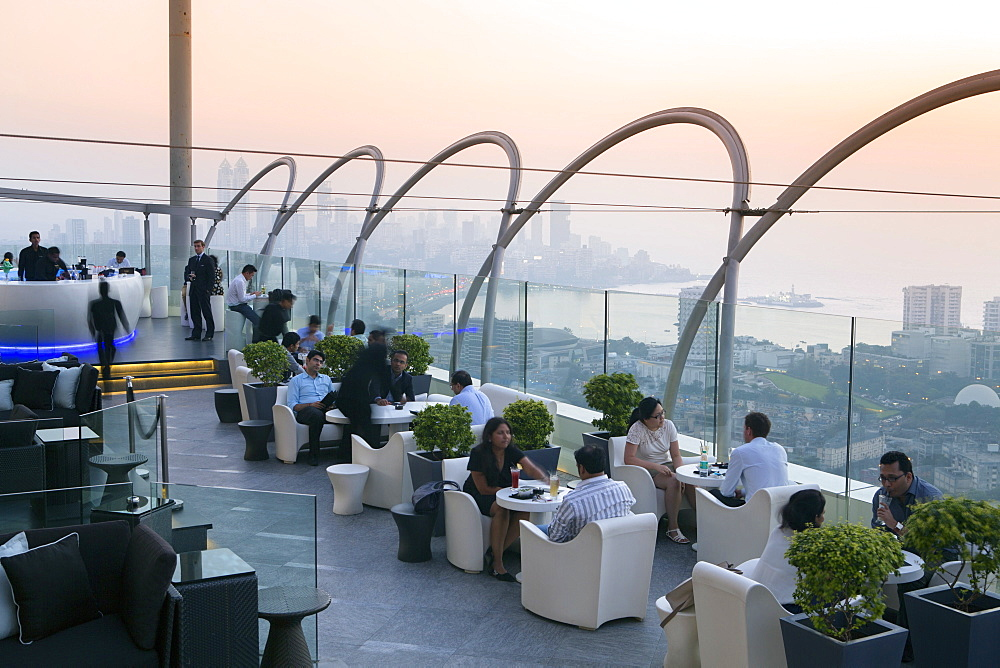 Aer, the rooftop restaurant and bar at the Four Seasons Hotel, Mumbai, Maharashtra, India, Asia
