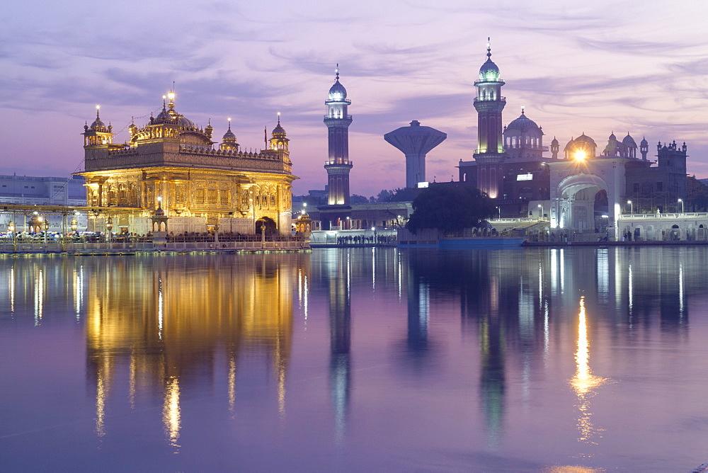 The Harmandir Sahib (The Golden Temple), Amritsar, Punjab, India, Asia - 1176-145