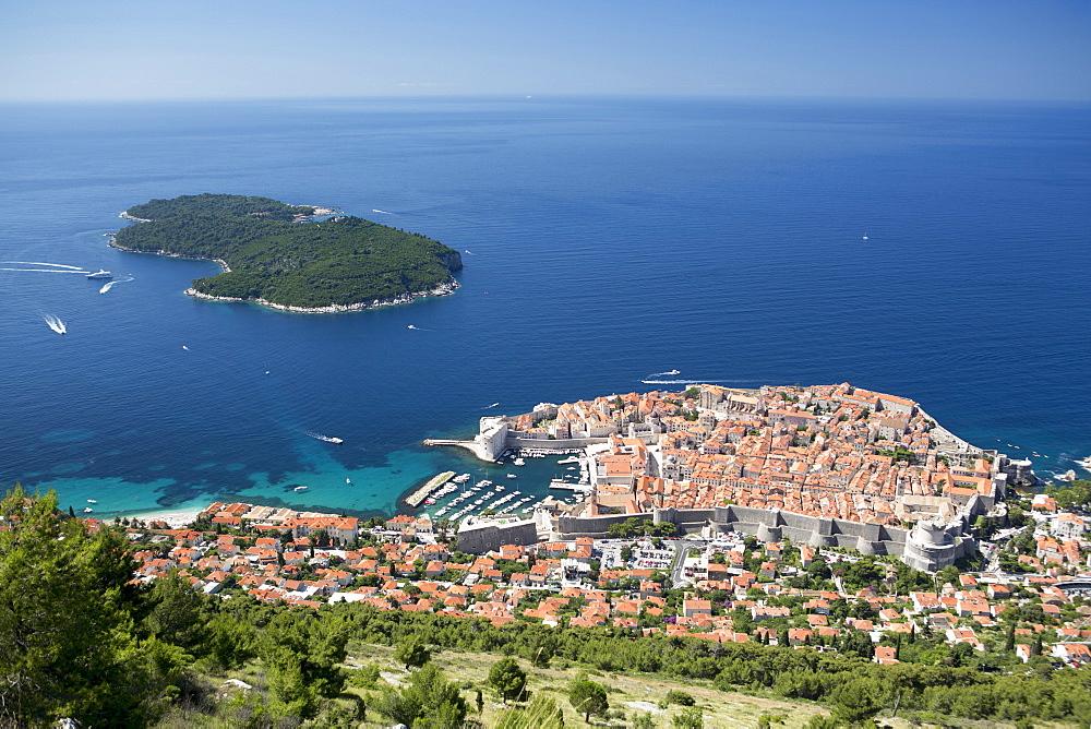Elevated view of the historic centre, UNESCO World Heritage Site, Dubrovnik, Dalmatia, Croatia, Europe