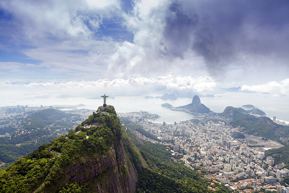 Rio de Janeiro landscape showing Corcovado, the Christ and the Sugar Loaf, UNESCO World Heritage Site, Rio de Janeiro, Brazil, South America