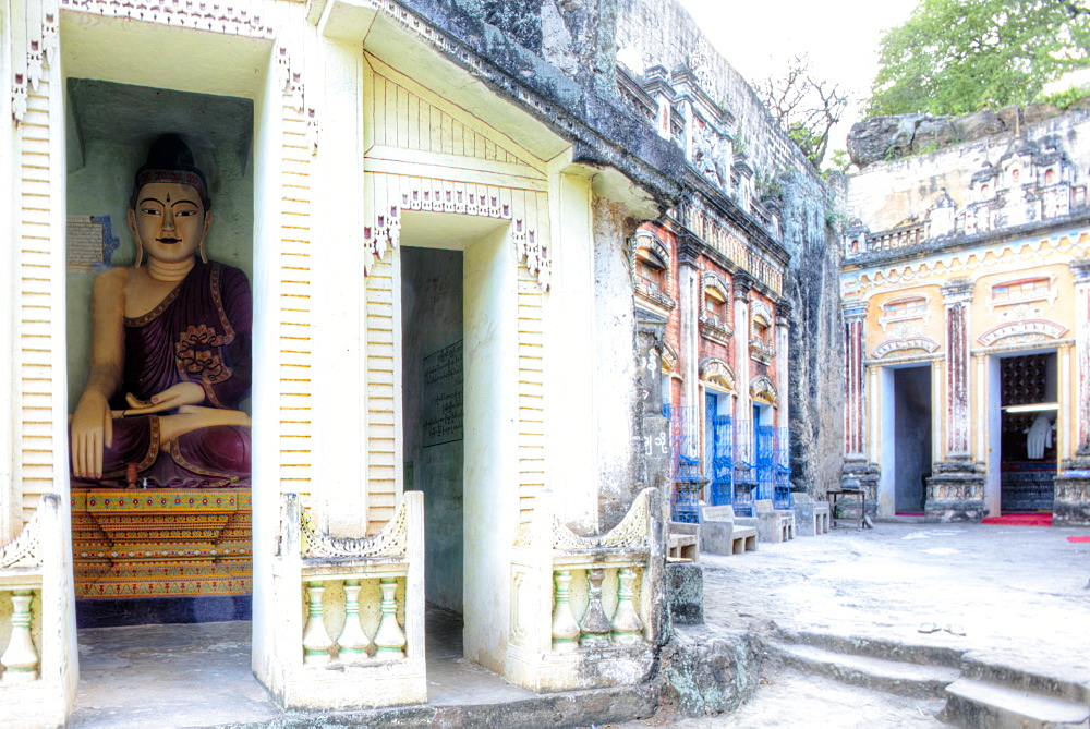 Buddhas inside the cave temples of Shwe Ba Hill on the west bank of Chindwin River near Pho Win Hill, Monywa, Sagaing, Myanmar (Burma), Southeast Asia