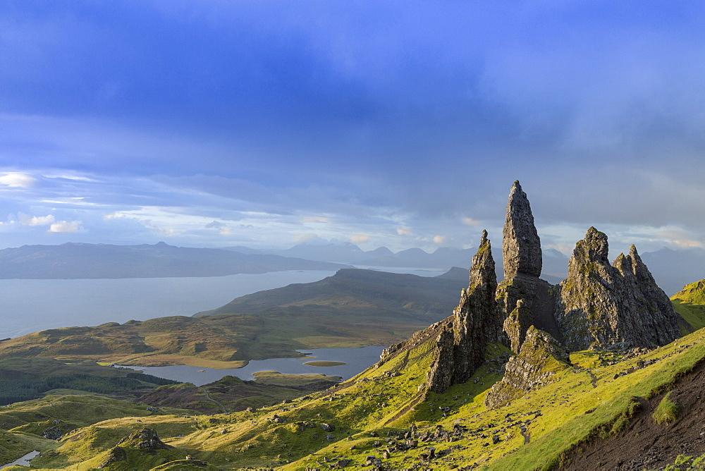 The Old Man of Storr, The Storr, Trotternish, Isle of Skye, Highlands,  Inner Hebrides, Scotland, United Kingdom, Europe - 1176-39