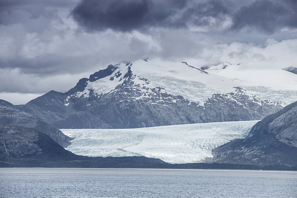 Glacier in the Darwin Mountain range, Magellan Straits, Alberto de Agostini National Park, Tierra del Fuego, Chilean Patagonia, Chile, South America