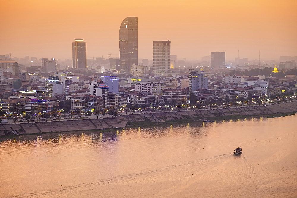 Asia, South East Asia, Cambodia, Phnom Penh skyline