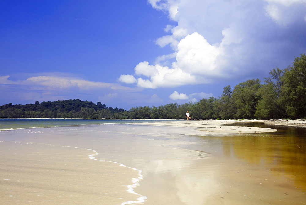 Beach in Ream National Park, Sihanoukville, Cambodia, Indochina, Southeast Asia, Asia - 1176-679