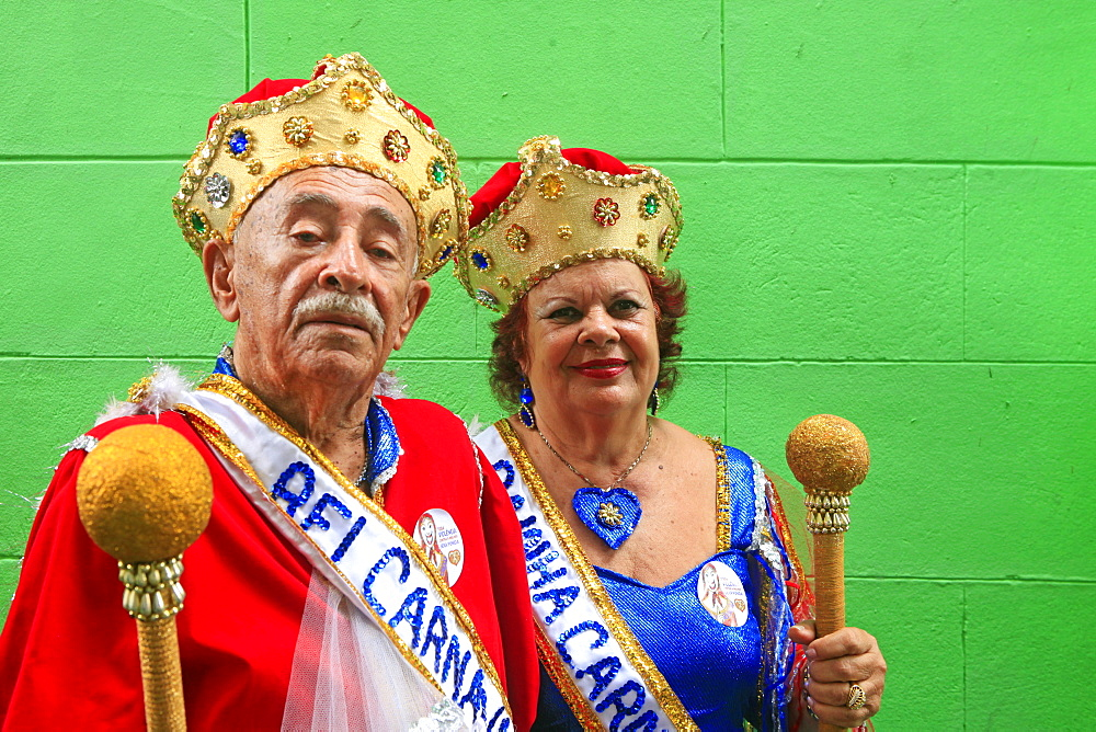 The carnival king and queen in traditional costume, carnival, Bezerros, Pernambuco, Brazil, South America