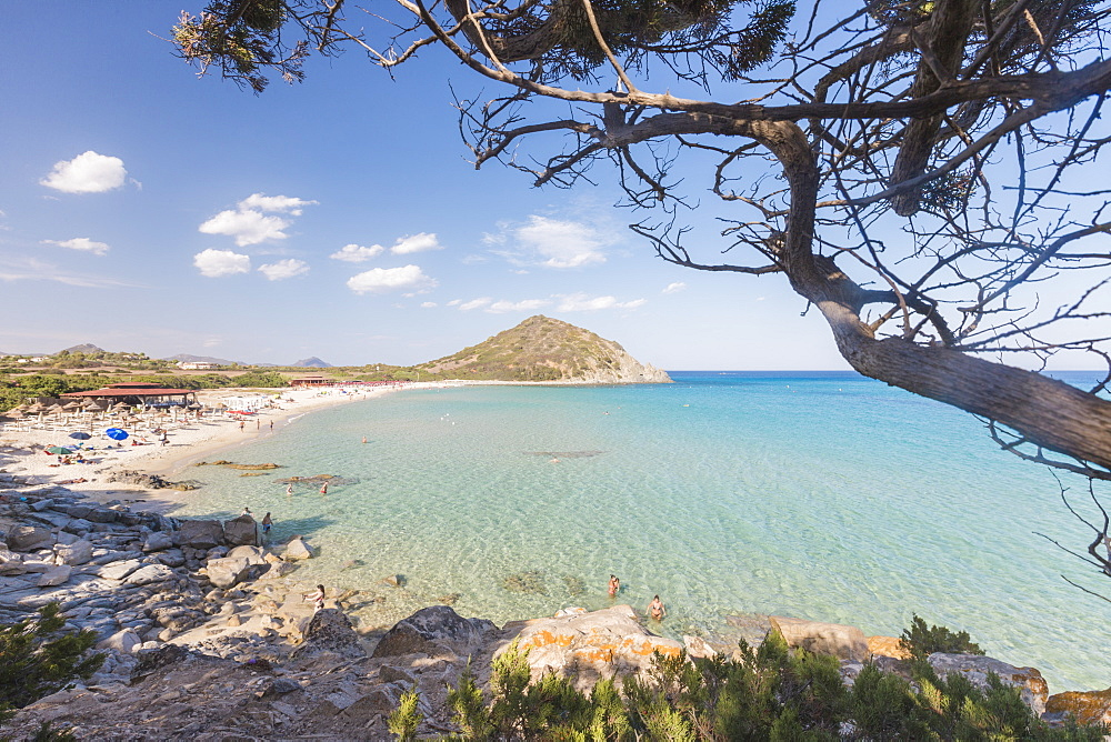 Mediterranean vegetation frames the bay and the turquoise sea of Cala Monte Turno, Castiadas, Cagliari, Sardinia, Italy, Mediterranean, Europe