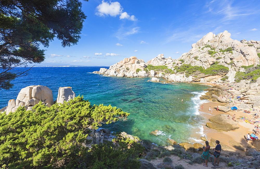 The turquoise sea and sandy beach surrounded by cliffs, Capo Testa, Santa Teresa di Gallura, Province of Sassari, Sardinia, Italy, Mediterranean, Europe