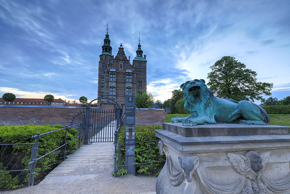 Sculpture of lion in front of Rosenborg Castle, Kongens Have, Copenhagen, Denmark, Europe