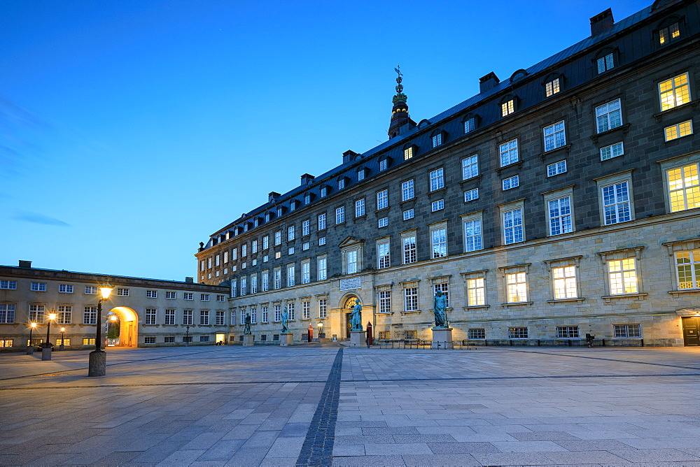 Christiansborg Palace at night, Copenhagen, Denmark, Europe - 1179-2443