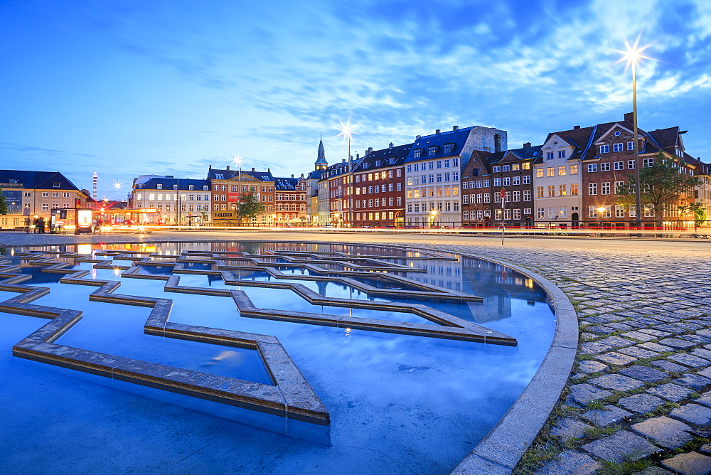 Fountain at night in Bertel Thorvaldsen's Square where Thorvaldsens Museum is located, Copenhagen, Denmark, Europe