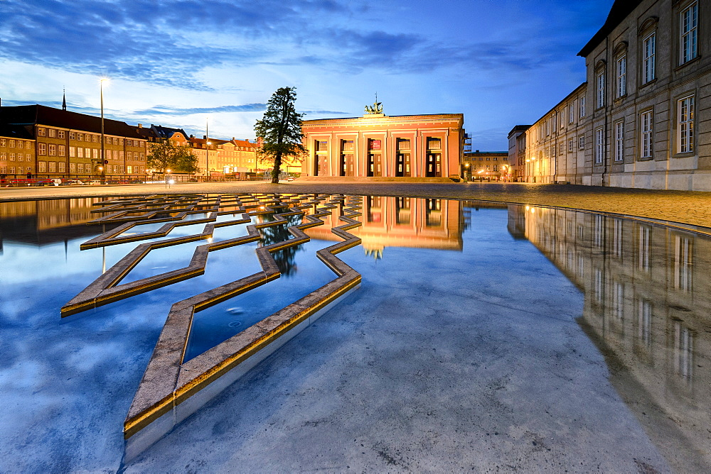 Thorvaldsens Museum reflected in the fountain of Bertel Thorvaldsen's Square at night, Copenhagen, Denmark, Europe - 1179-2448