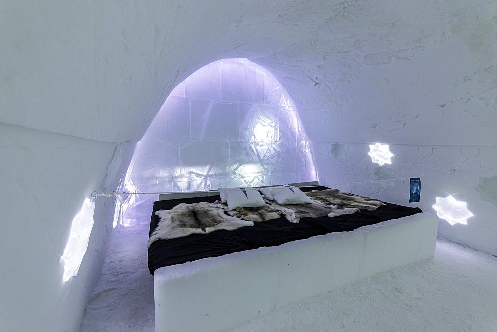 Art suite, Ice Hotel, Jukkasjarvi, Kiruna, Norrbotten County, Lapland, Sweden, Scandinavia, Europe