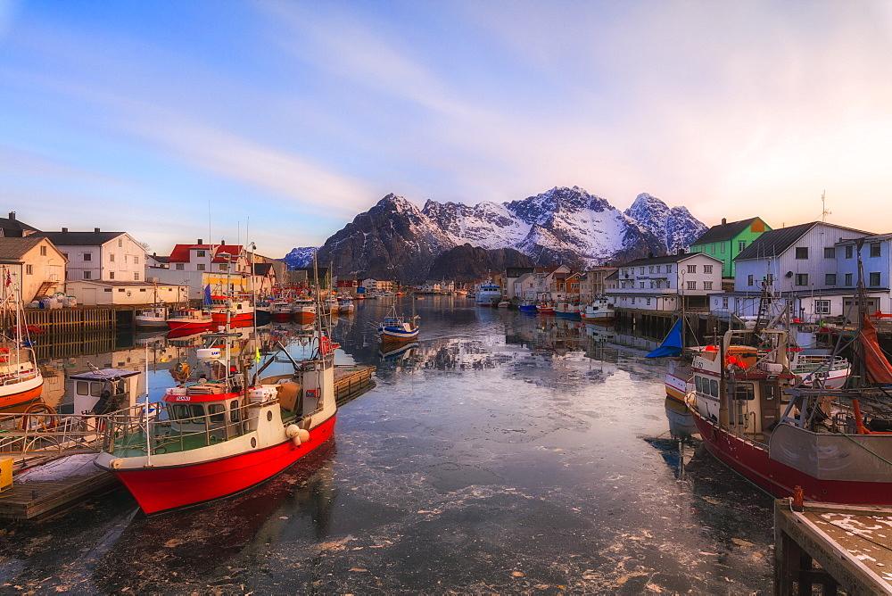 Harbor and fishing village of Reine, Lofoten Islands, Nordland, Norway, Europe - 1179-3337