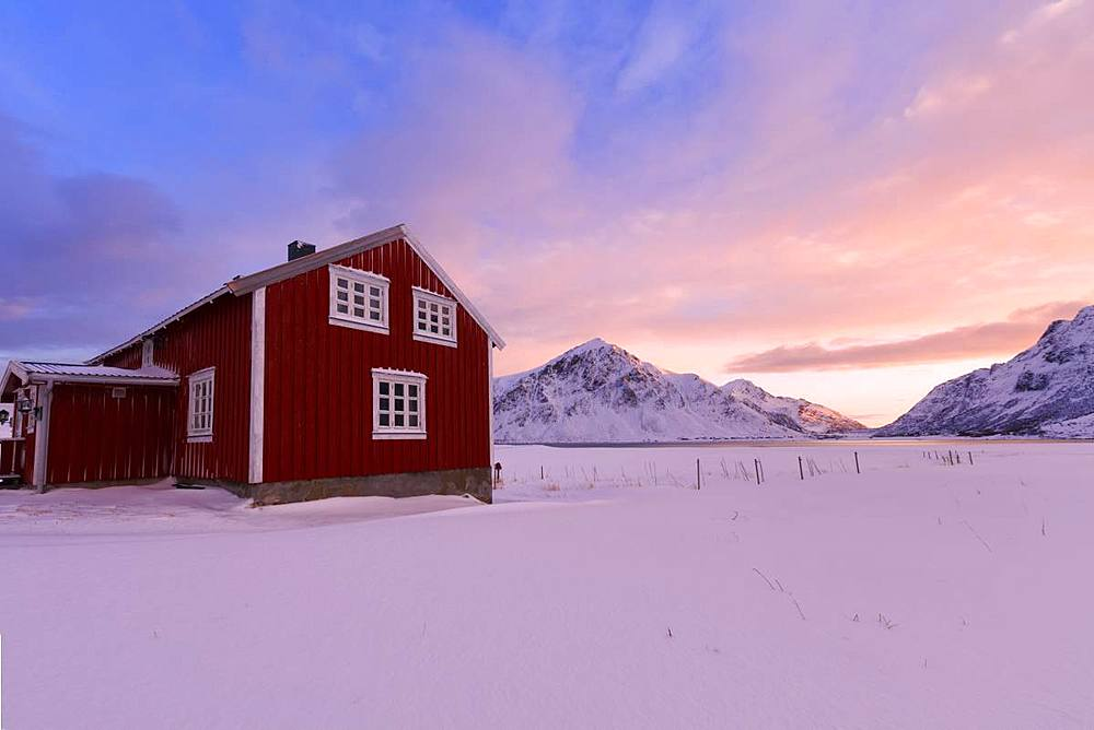 Traditional house, Flakstad, Lofoten Islands, Nordland, Norway, Europe - 1179-3372
