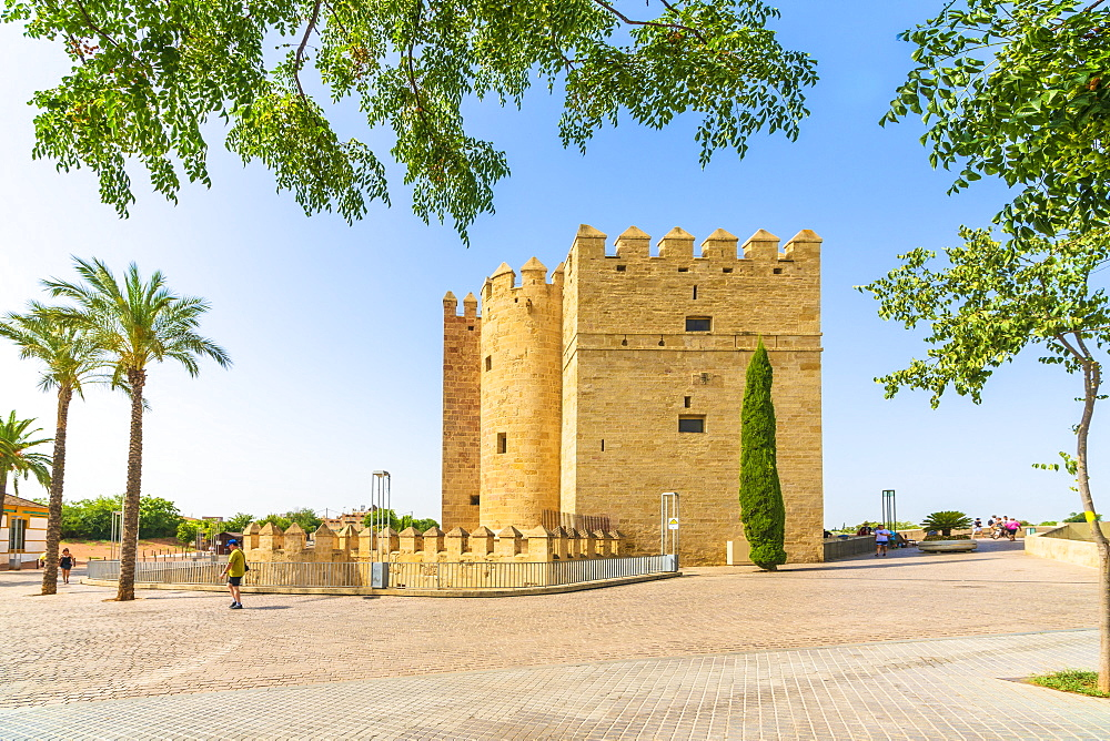Calahorra tower (Torre de la Calahorra), a fortified gate of Islamic origin in the historic centre of Cordoba,UNESCO World Heritage Site, Andalusia, Spain, Europe