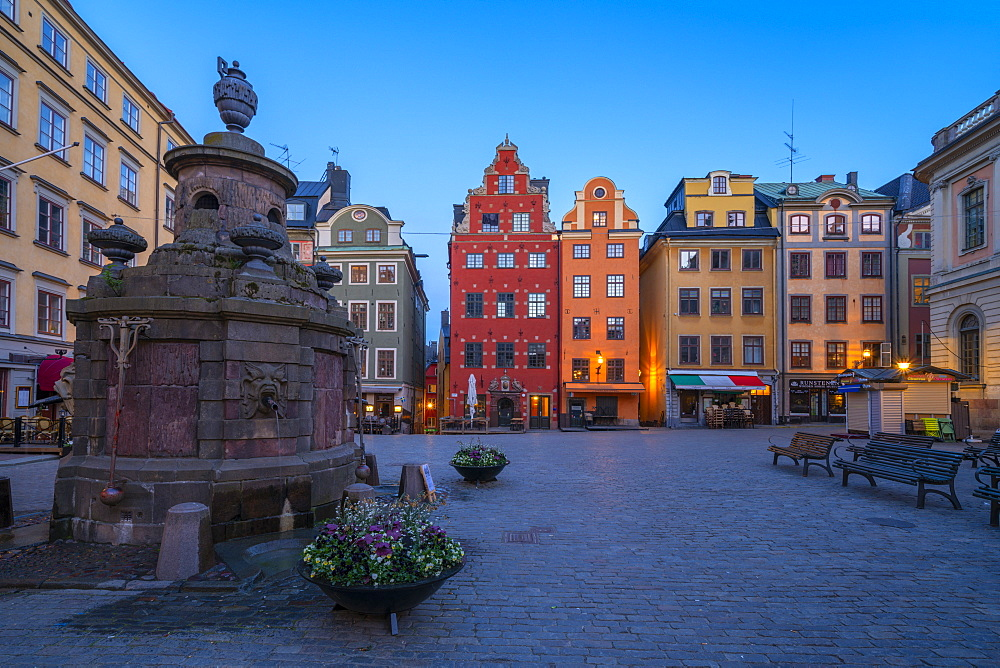 Dusk over the colorful facades of townhouses in the medieval Stortorget Square, Gamla Stan, Stockholm, Sweden, Scandinavia, Europe - 1179-4078