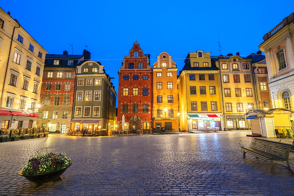 Illuminated historic buildings at dusk, Stortorget Square, Gamla Stan, Stockholm, Sweden, Scandinavia, Europe