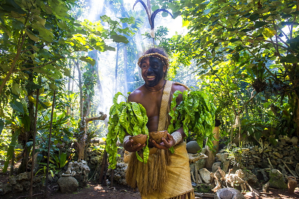 Traditional dressed man in the jungle, Ekasup Cultural Village, Efate, Vanuatu, Pacific