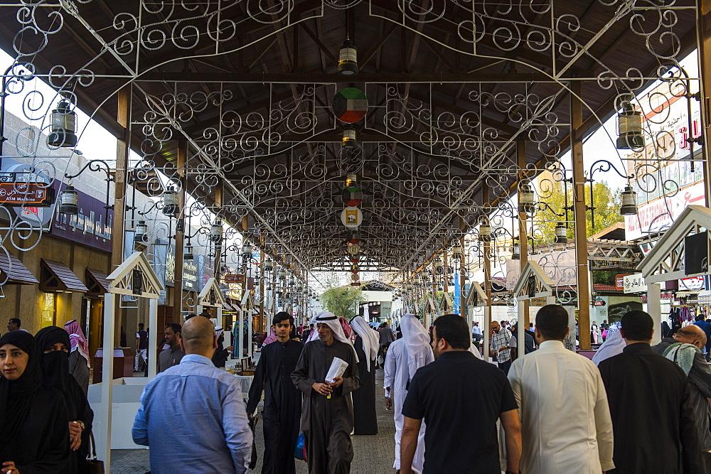 Beautiful bazaar, Souk Al-Mubarakiya, Kuwait City, Kuwait, Middle East