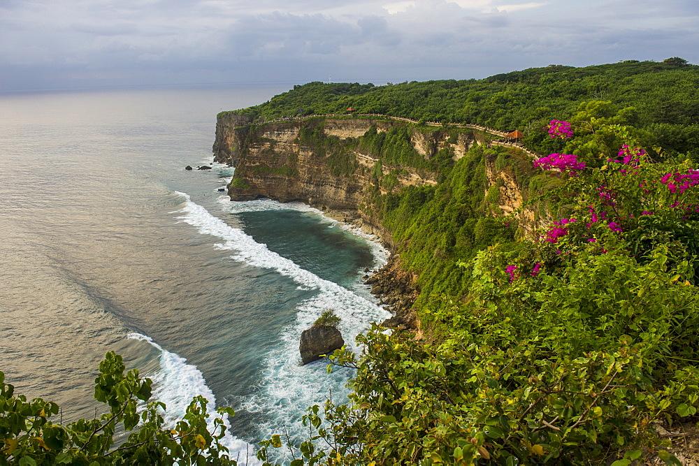The sheer cliffs in the Uluwatu Temple (Pura Luhur Uluwatu) area, Uluwatu, Bali, Indonesia, Southeast Asia, Asia