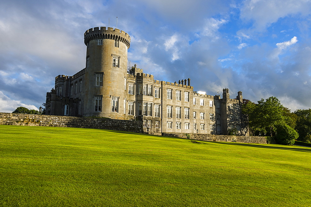 Dromoland Castle, County Clare, Munster, Republic of Ireland, Europe