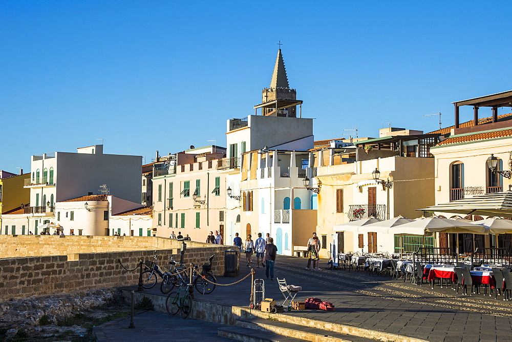 Ocean promenade in the coastal town of Alghero, Sardinia, Italy, Mediterranean, Europe