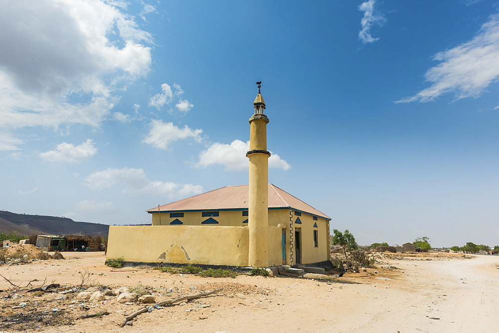 Little mosque in bush, Somaliland, Somalia, Africa