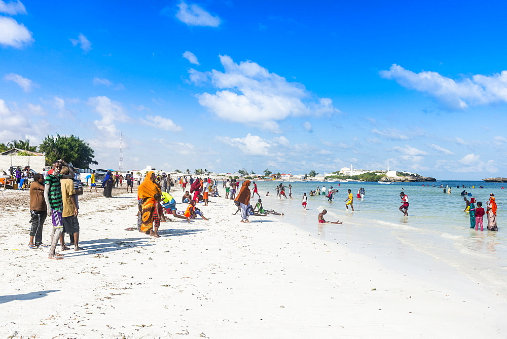 Busy beach filled with locals, Jazeera beach, Somalia, Africa