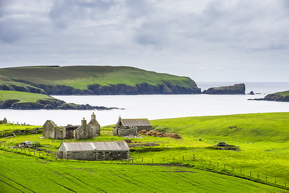 Abandonded farm, Shetland Islands, Scotland, United Kingdom, Europe