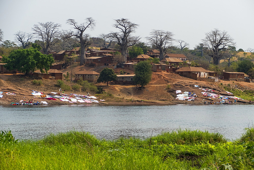 The river Cuanza flowing through the town of Cuanza, Cunza Norte, Angola