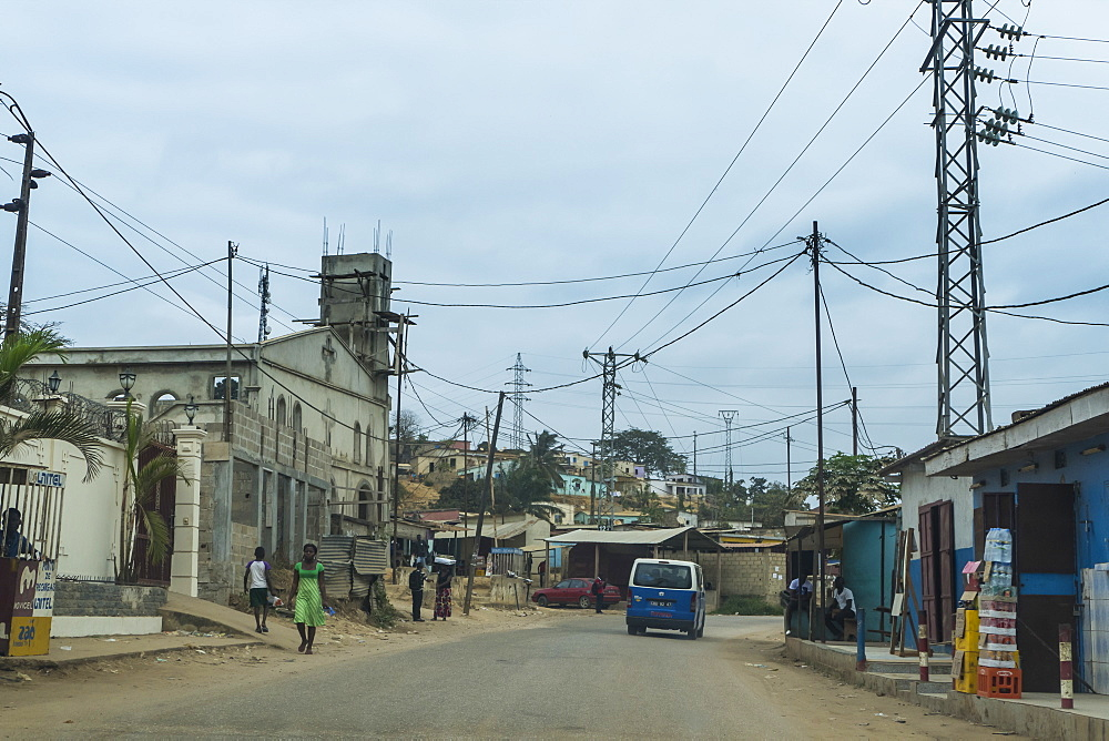 Street scene in the town of Cabinda, Cabinda, Angola - 1184-2004