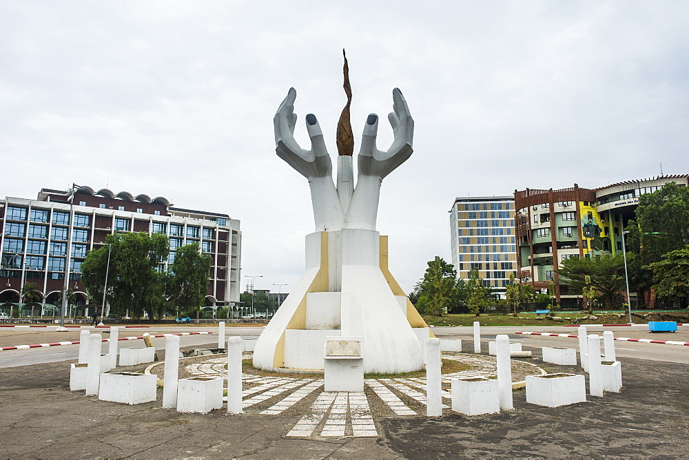 Monument on the Triumpg boulevard of Libreville, Gabon