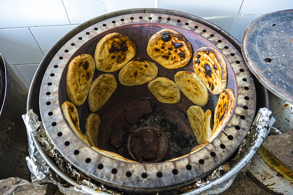 Traditional oven with local bread, old town of Jeddah, Saudi Arabia, Middle East