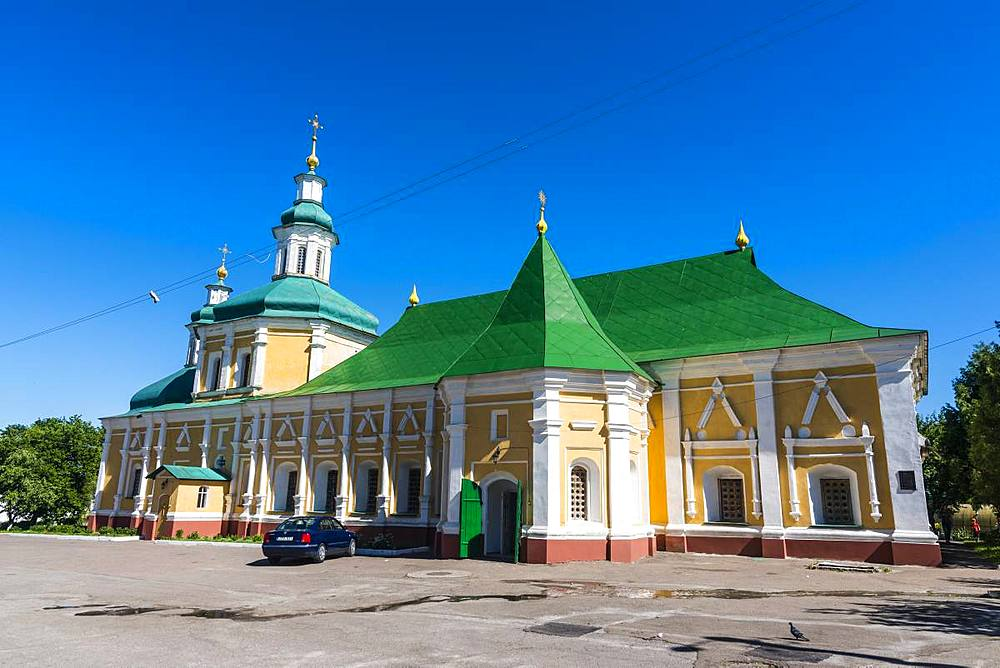 Vvedenskaya Refectory Church in the Trinity Monastery, Chernihiv, Ukraine, Europe