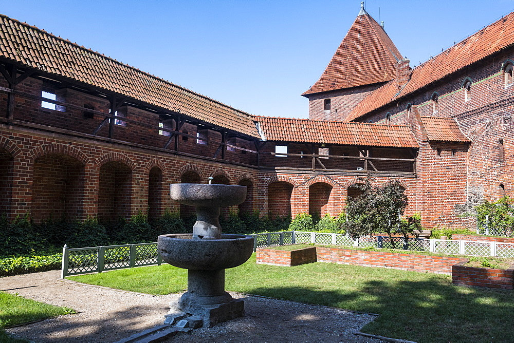 Outer yard, Malbork Castle, UNESCO World Heritage Site, Malbork, Poland, Europe
